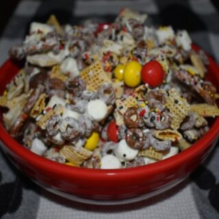 Mickey Celebration Snack Mix