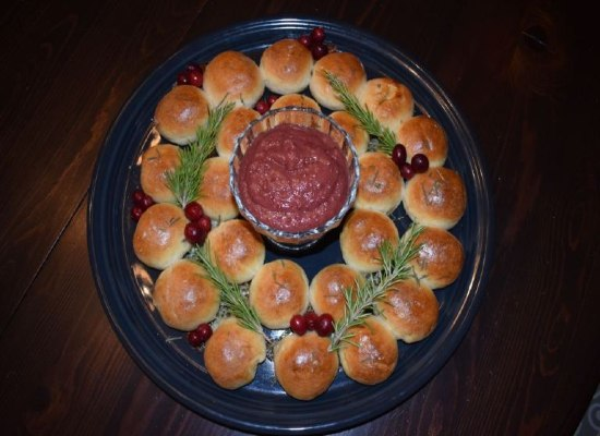 Holiday Bread Wreath Tear and Share